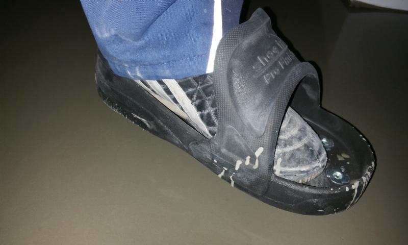 2db2f15daa4 Proto firma Janser přišla na trh s novou botou. Vyrábí je ve třech  velikostech. Použití je velice snadné